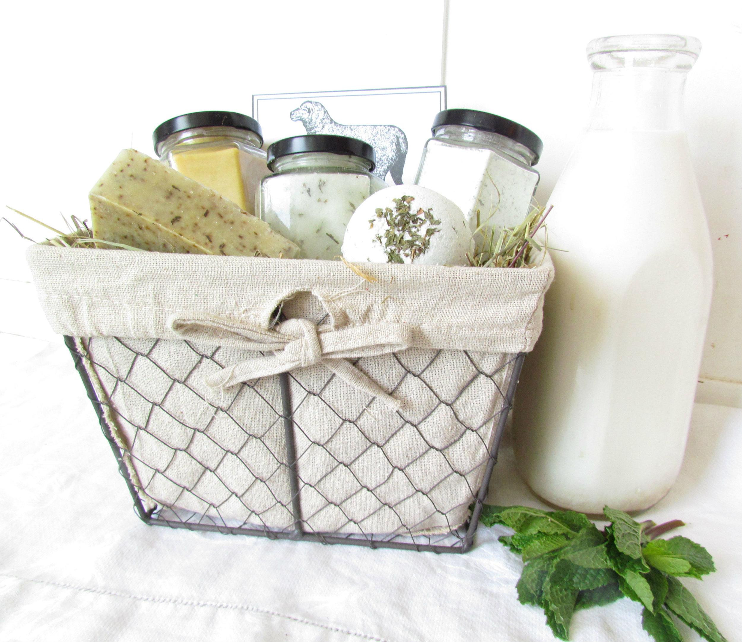 Refreshing garden spearmint sheep milk gift basket