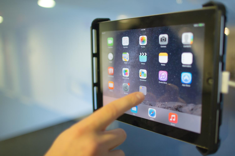 tablet-2.jpg