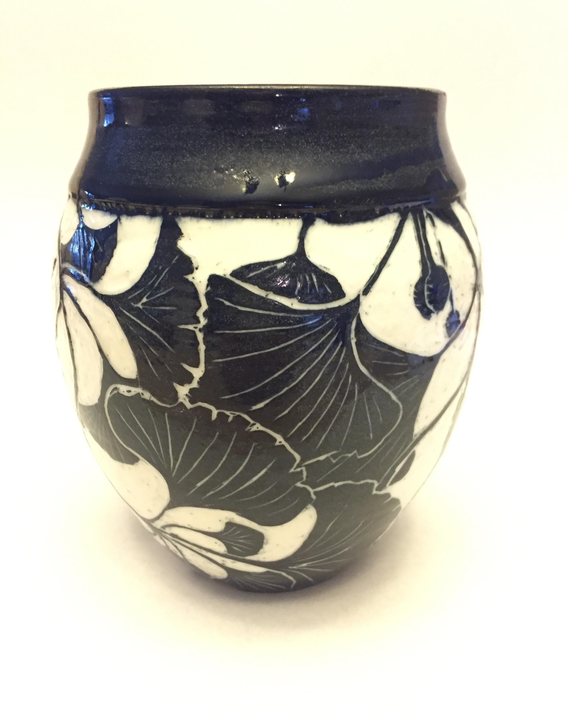 Homer-Ginko Leaf Vase.jpg
