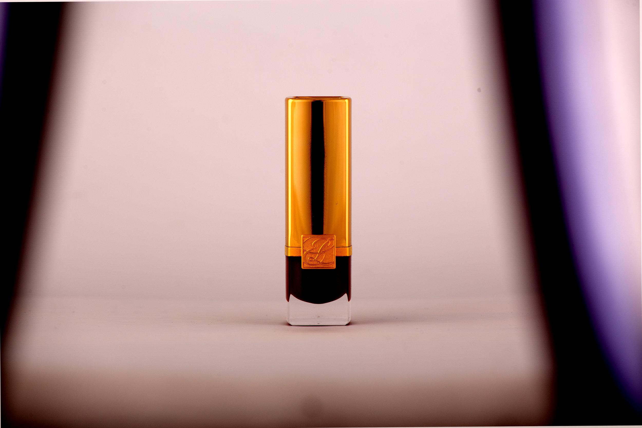 _LipstickBefore.jpg