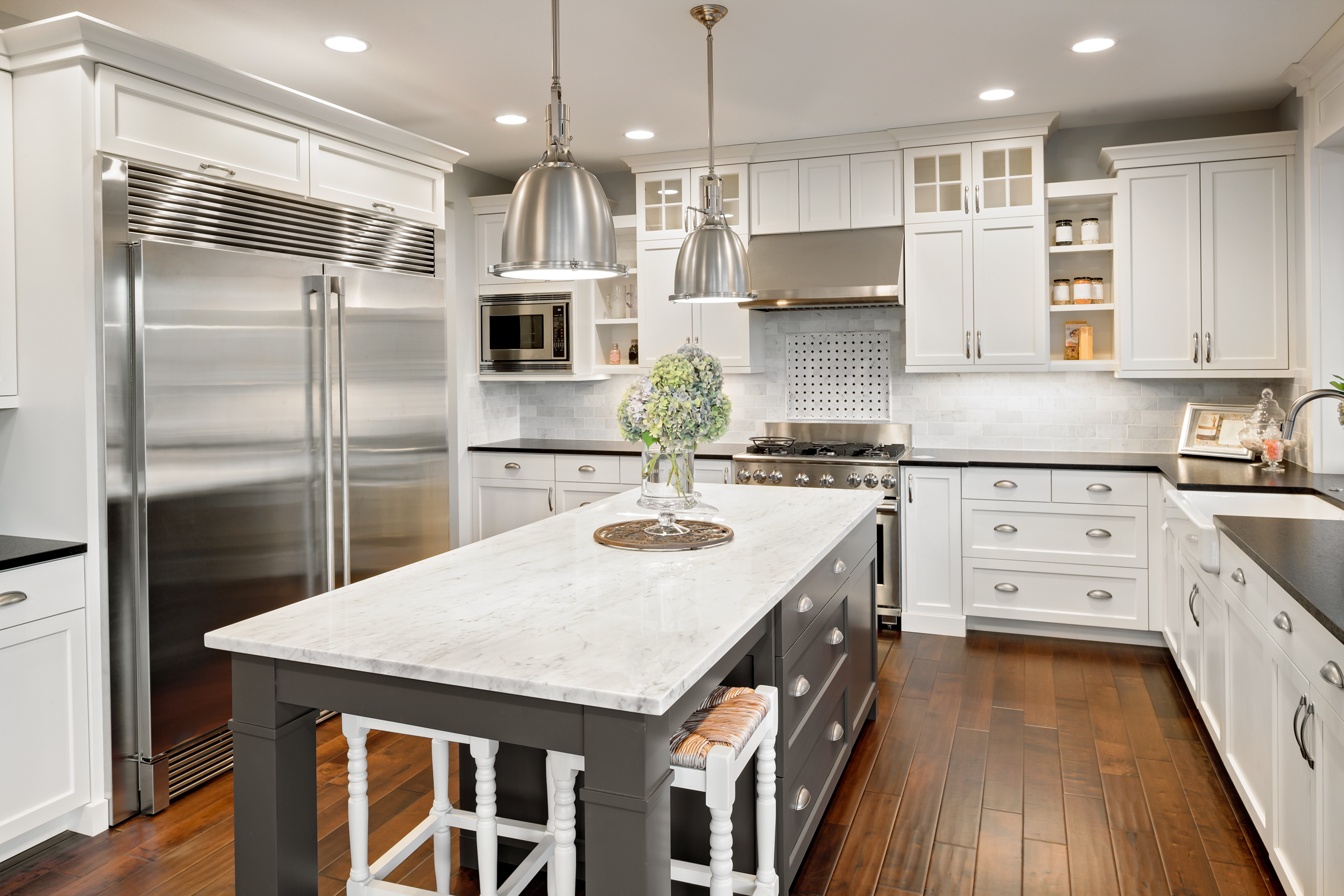 Kitchen & Dining Area: - Clean and Sanitize Outside Cabinet FrontsClean Countertops & BacksplashClean and Sanitize Exterior of Stove, Oven and FridgeClean Inside of MicrowaveClean All Floor SurfacesTake Out Garbage and Recycling