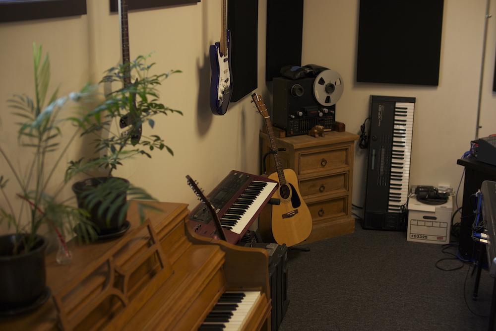 Recording 08 -Tape Machine.jpg