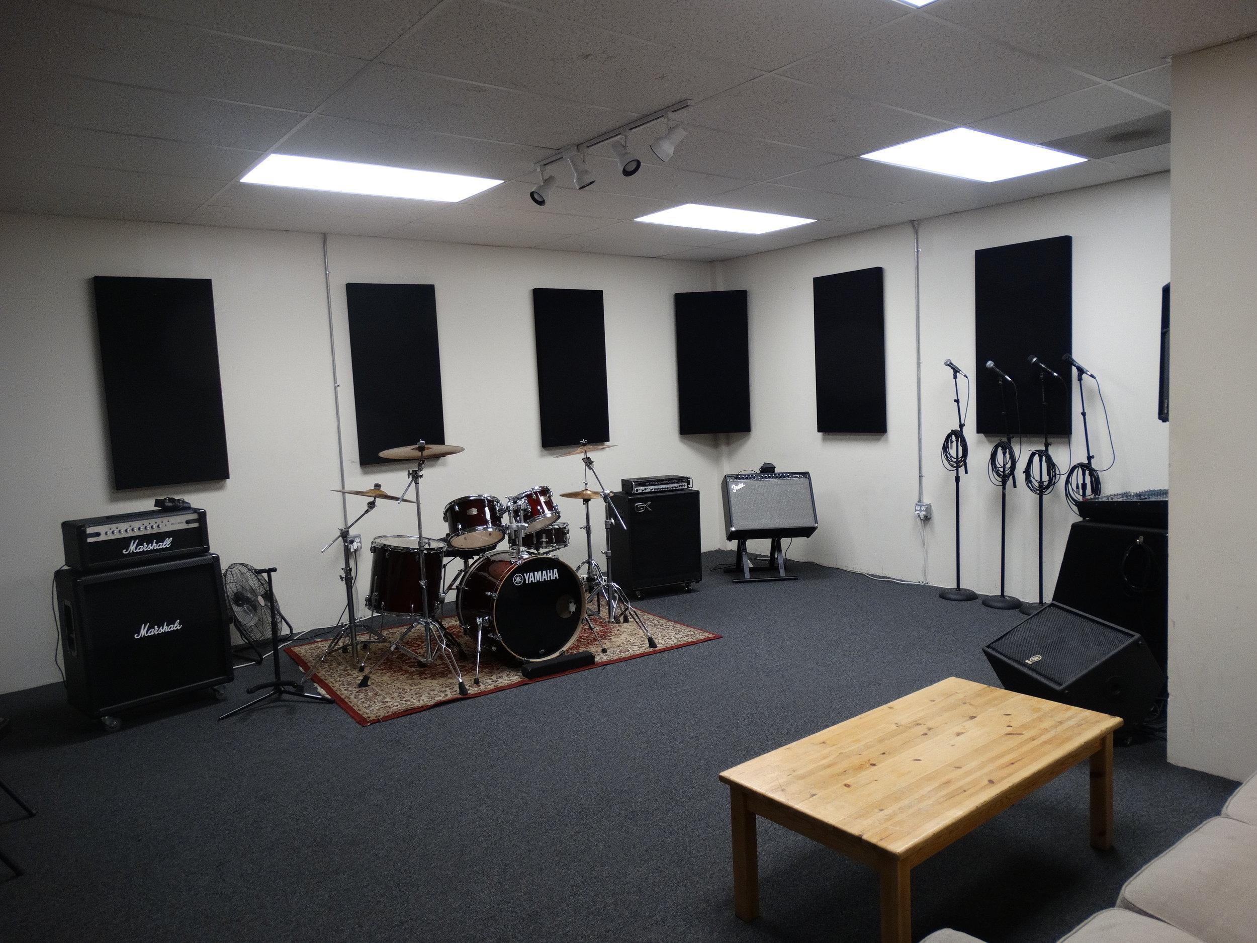Room3-7.JPG
