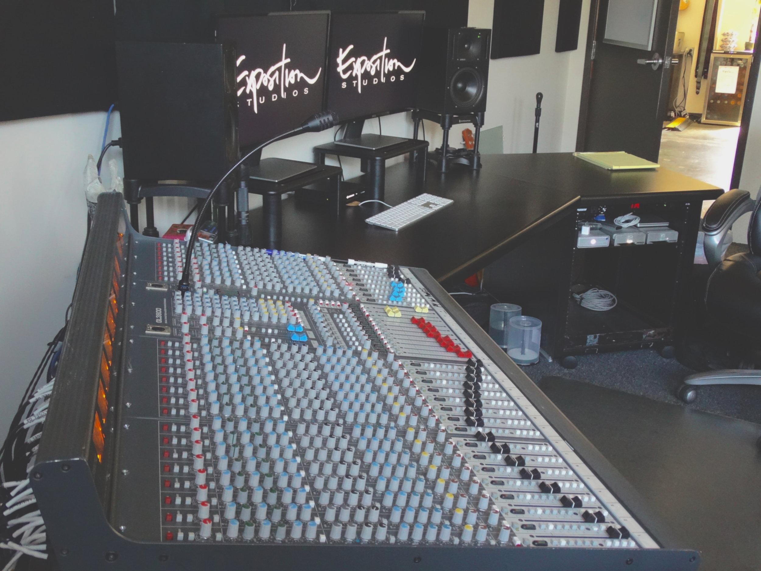 DeskBoard2.JPG