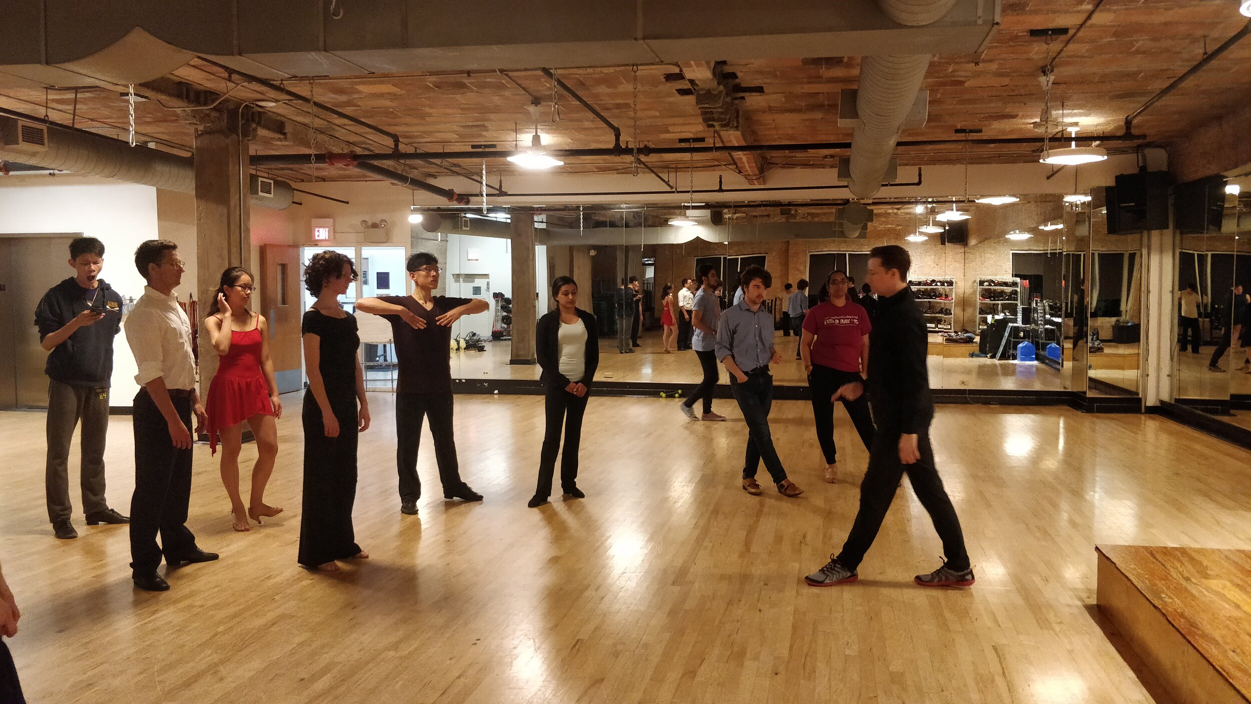 Intermediate International Lessons - Evanston Athletic Club1723 Benson Ave, Evanston, IL 60201Tuesdays, 8-10 pm