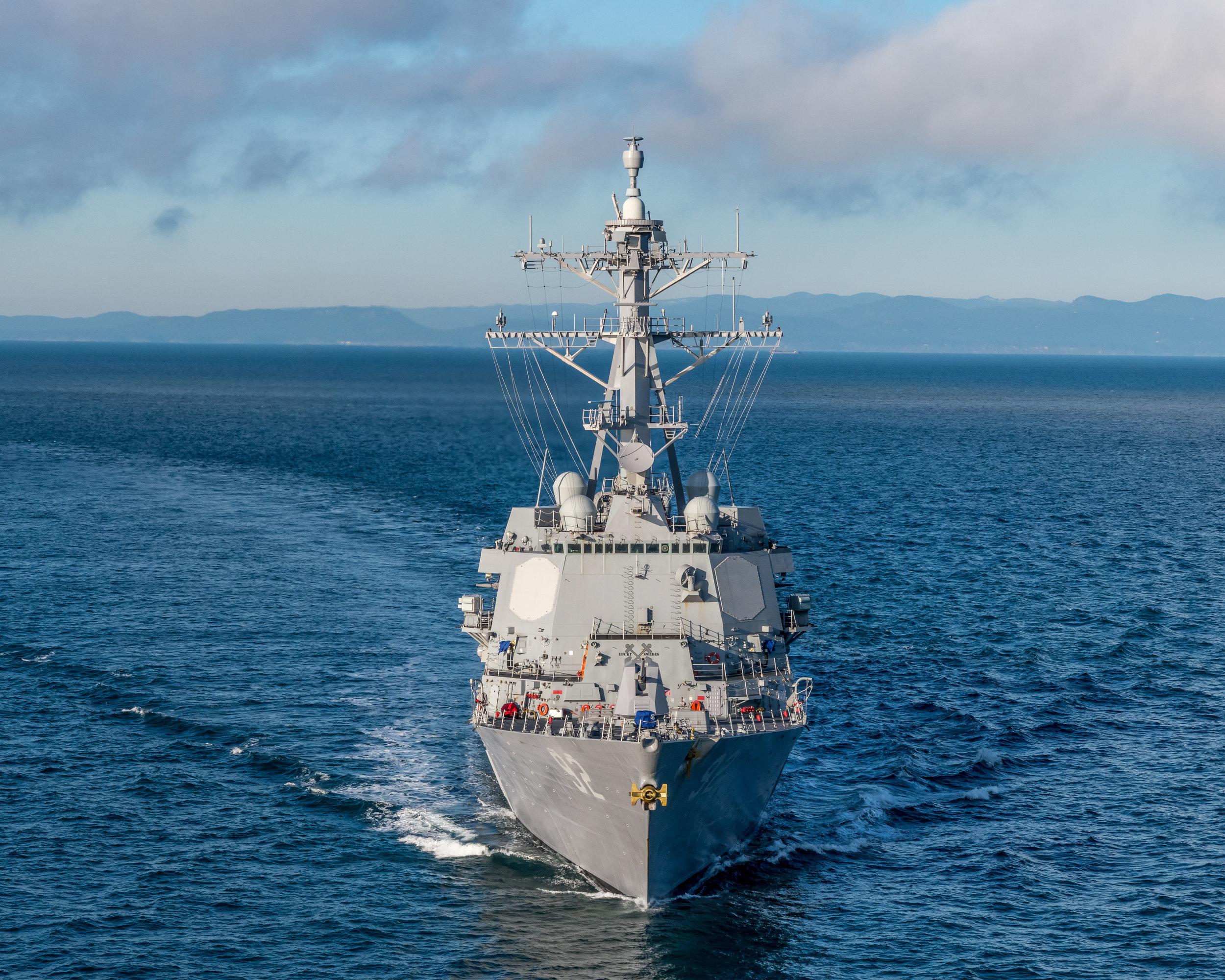 USS.MOMSEN.aerials_001.jpg