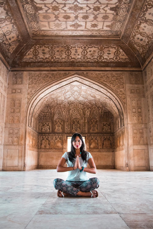 ¿Interesado en viajar a la India? Aquí la guía completa que necesitas saber: vuelos, vestimienta, lugares turísticos, costo, transporte y mucho más.viaje-india-travel-guia-16-agra-fort