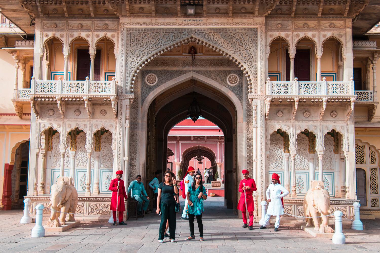 ¿Interesado en viajar a la India? Aquí la guía completa que necesitas saber: vuelos, vestimienta, lugares turísticos, costo, transporte y mucho más.viaje-india-travel-guia-27