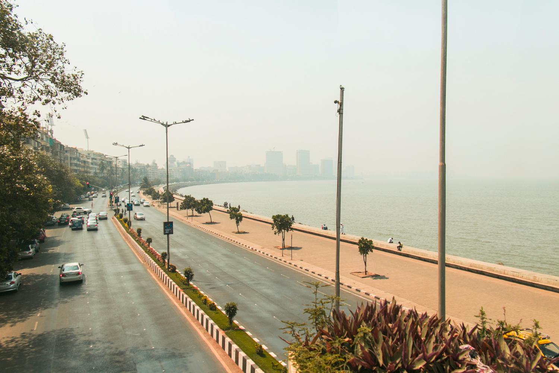 ¿Interesado en viajar a la India? Aquí la guía completa que necesitas saber: vuelos, vestimienta, lugares turísticos, costo, transporte y mucho más.viaje-india-travel-guia-50-Marine-Drive