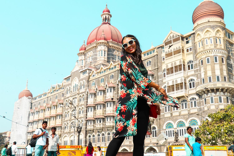 ¿Interesado en viajar a la India? Aquí la guía completa que necesitas saber: vuelos, vestimienta, lugares turísticos, costo, transporte y mucho más.viaje-india-travel-guide_15-taj-mahal-hotel.