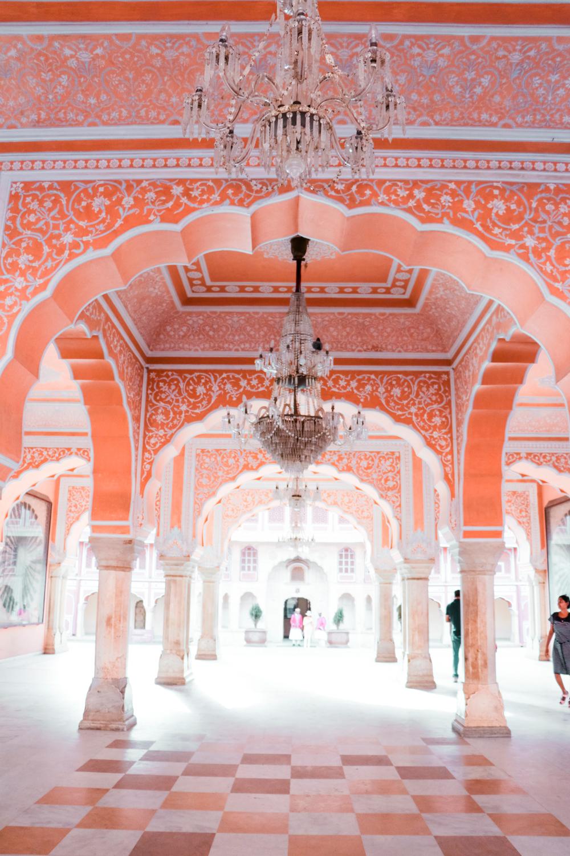 ¿Interesado en viajar a la India? Aquí la guía completa que necesitas saber: vuelos, vestimienta, lugares turísticos, costo, transporte y mucho más. City Palace, Jaipur