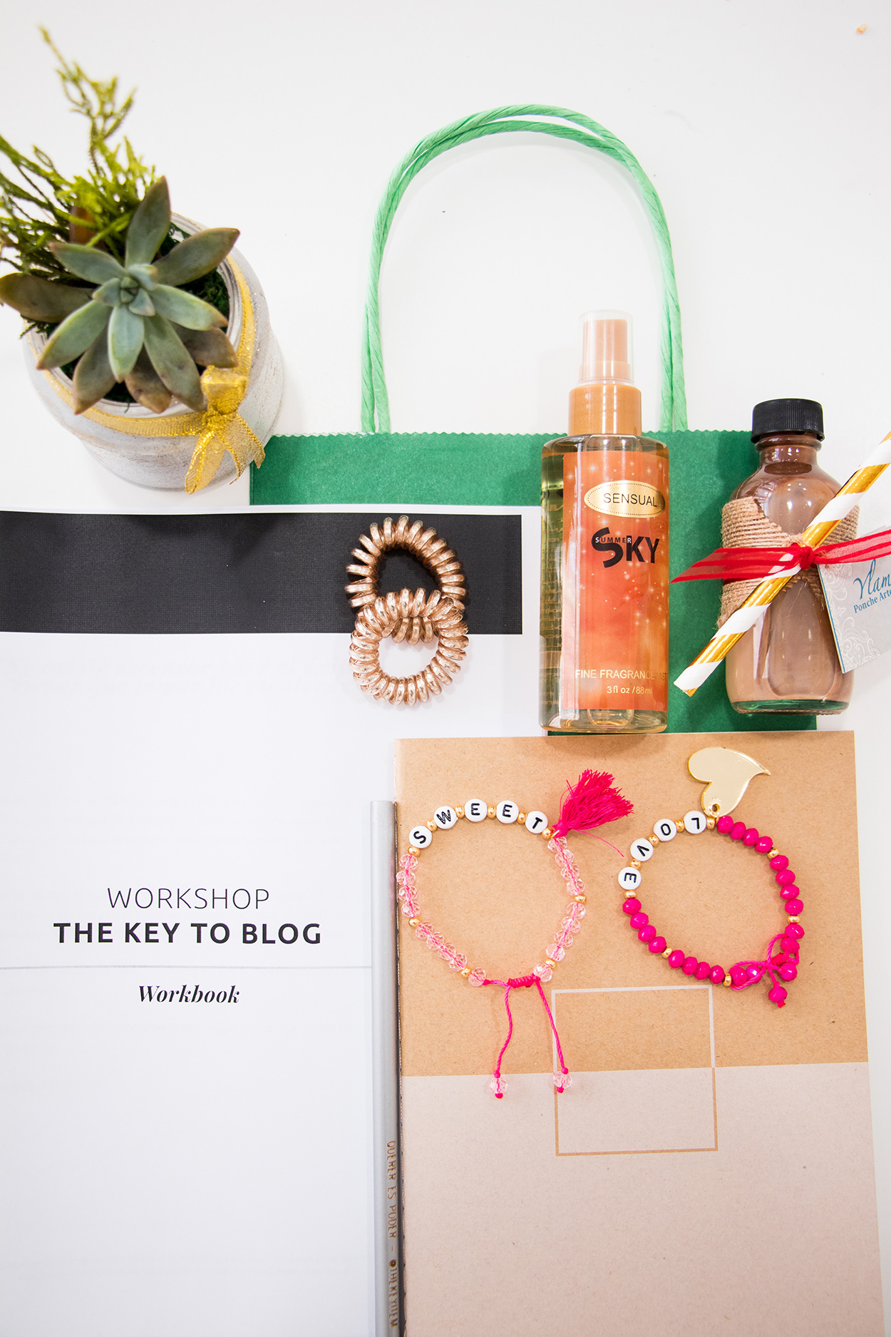 Small Gift Bag Ideas | The Key To Blog Blogging Creative Workshop