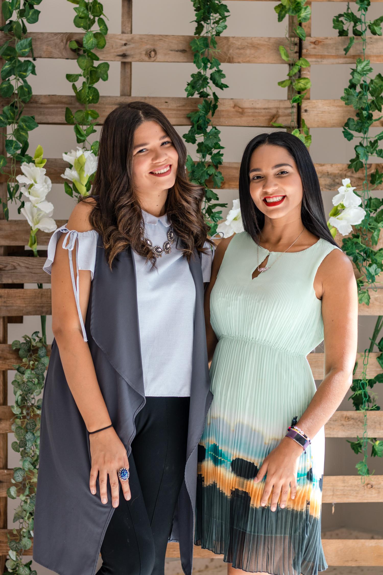 Mariela y Nathalia Medina - Creadoras del Curso Online sobre Fotografia - The Key To Social Photos