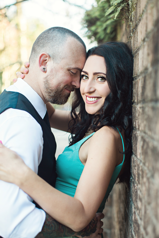 CindyGiovagnoliPhotography_Seattle_Washington_PNW_Couple_Engagement_Portrait_Photography-003.jpg
