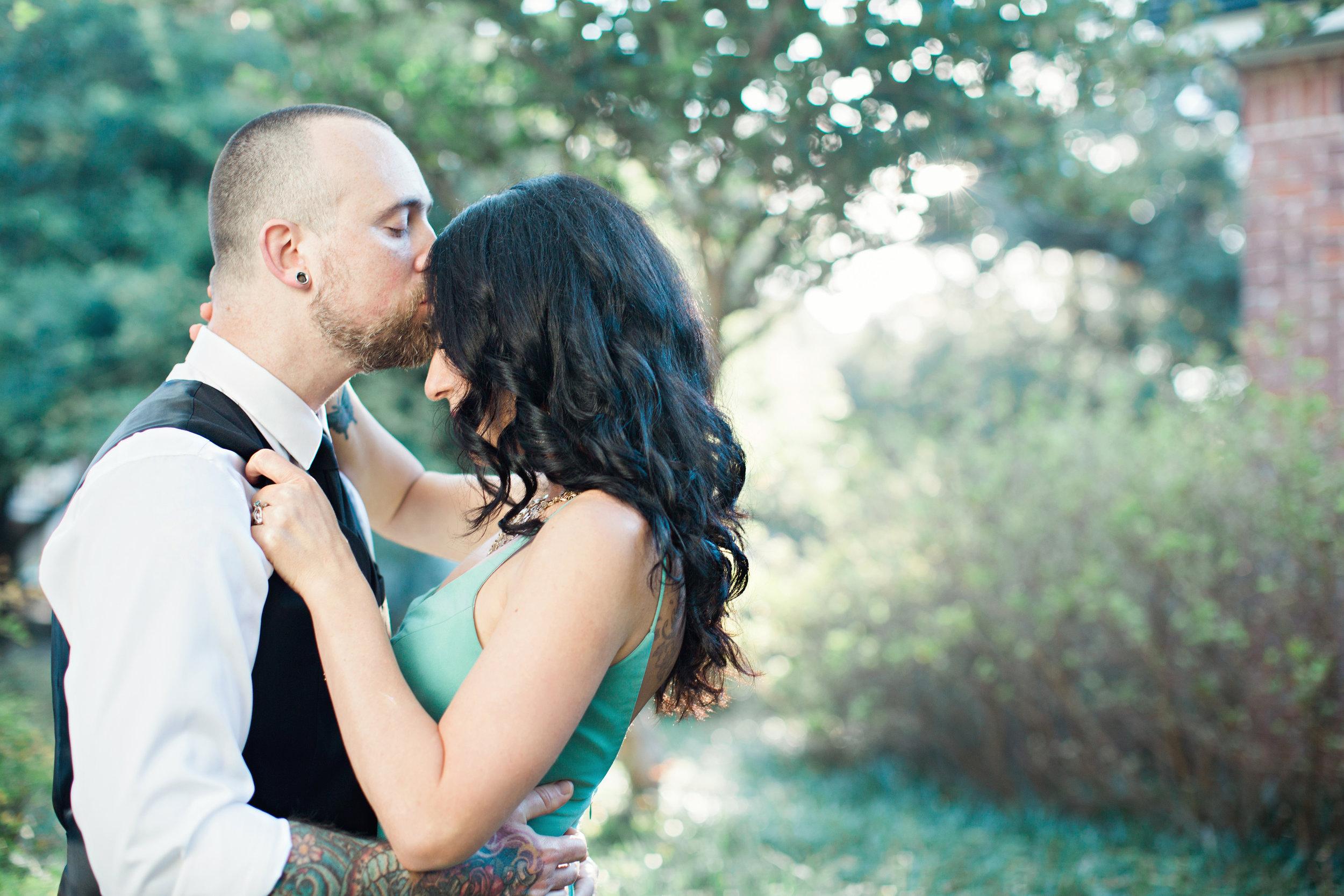 CindyGiovagnoliPhotography_Seattle_Washington_PNW_Couple_Engagement_Portrait_Photography-008.jpg