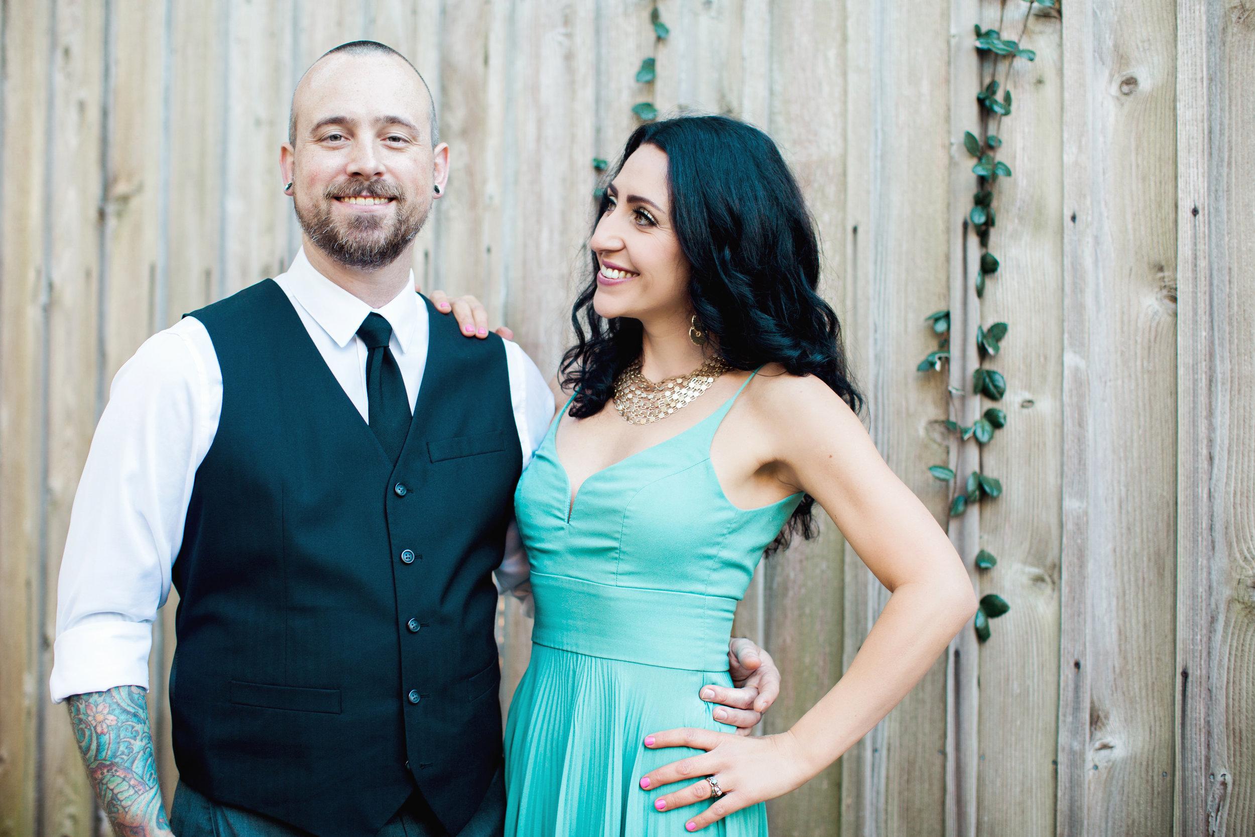 CindyGiovagnoliPhotography_Seattle_Washington_PNW_Couple_Engagement_Portrait_Photography-016.jpg