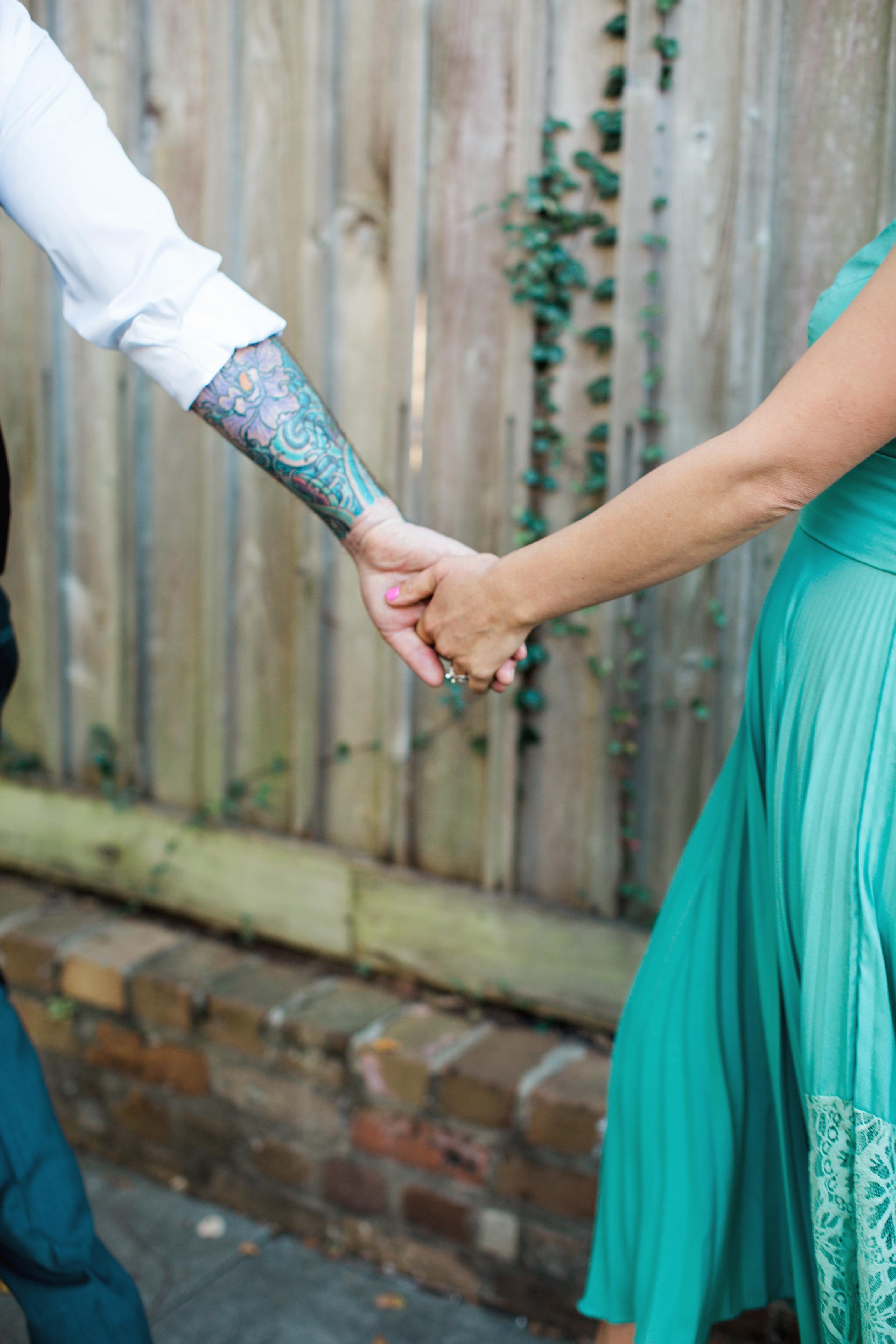 CindyGiovagnoliPhotography_Seattle_Washington_PNW_Couple_Engagement_Portrait_Photography-017.jpg