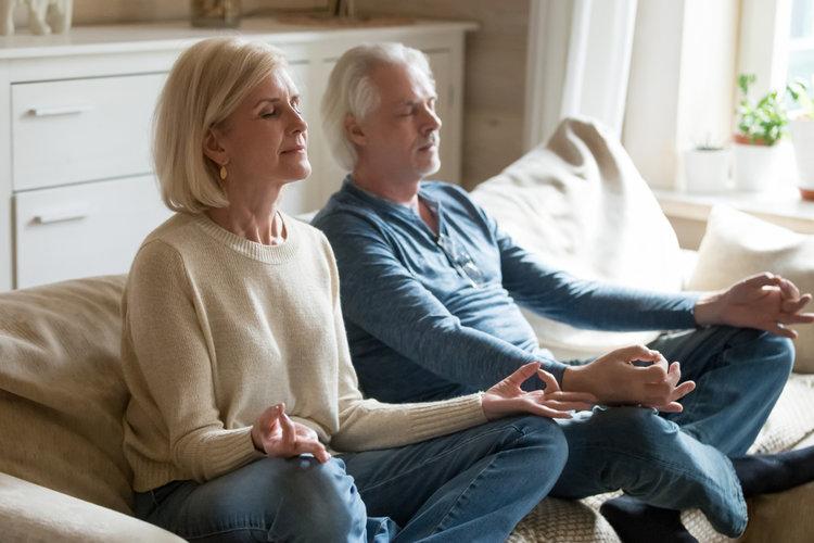 Elderly+Couple+Do+Yoga.jpg