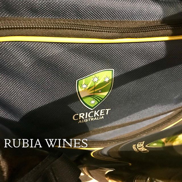 In London during this year's @cricketworldcup  and staying in the same hotel as @australian_cricket_team - good luck mates with your matches from your new friends/fans from @rubiawines  #london #napavalleywines #cricketworldcup2019 #australiancricketteam #cheers #newfans #yountvillelife #newwineproject #wine #boutiquewines #rubiawineslifestyle