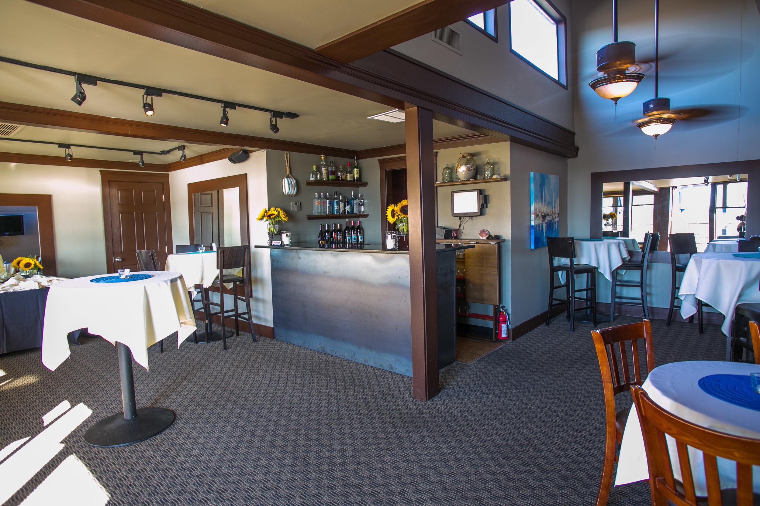 Eastlake Bar & Grill - Top Deck Lounge