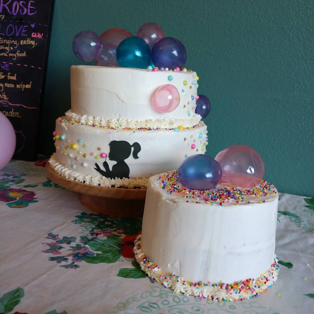 Funfetti birthday cakes with edible gelatin bubbles