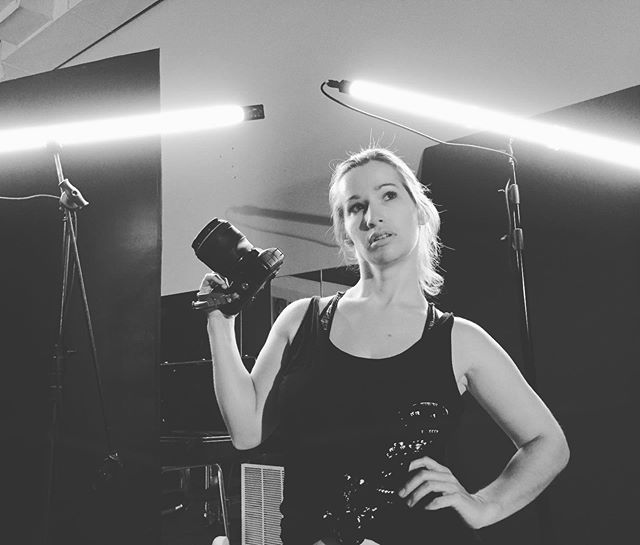@piquant.photo shooting at the studio today!  She rocks our stock of @quasarscience 💎💎💎#bts If you have a photo or video production you want to hit out of the park consider renting at Retina Creative Lab!