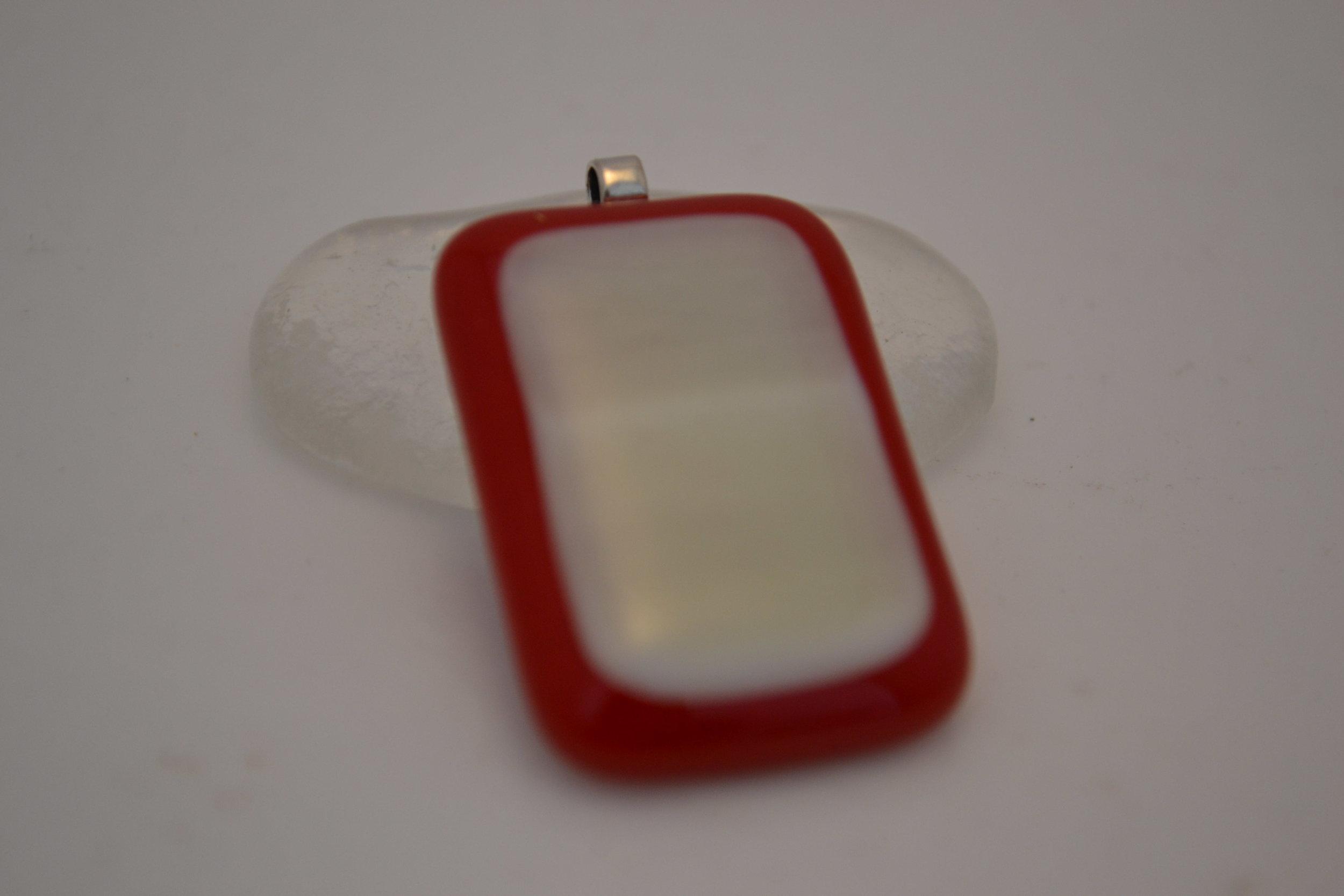 GlassPendantRd2.JPG