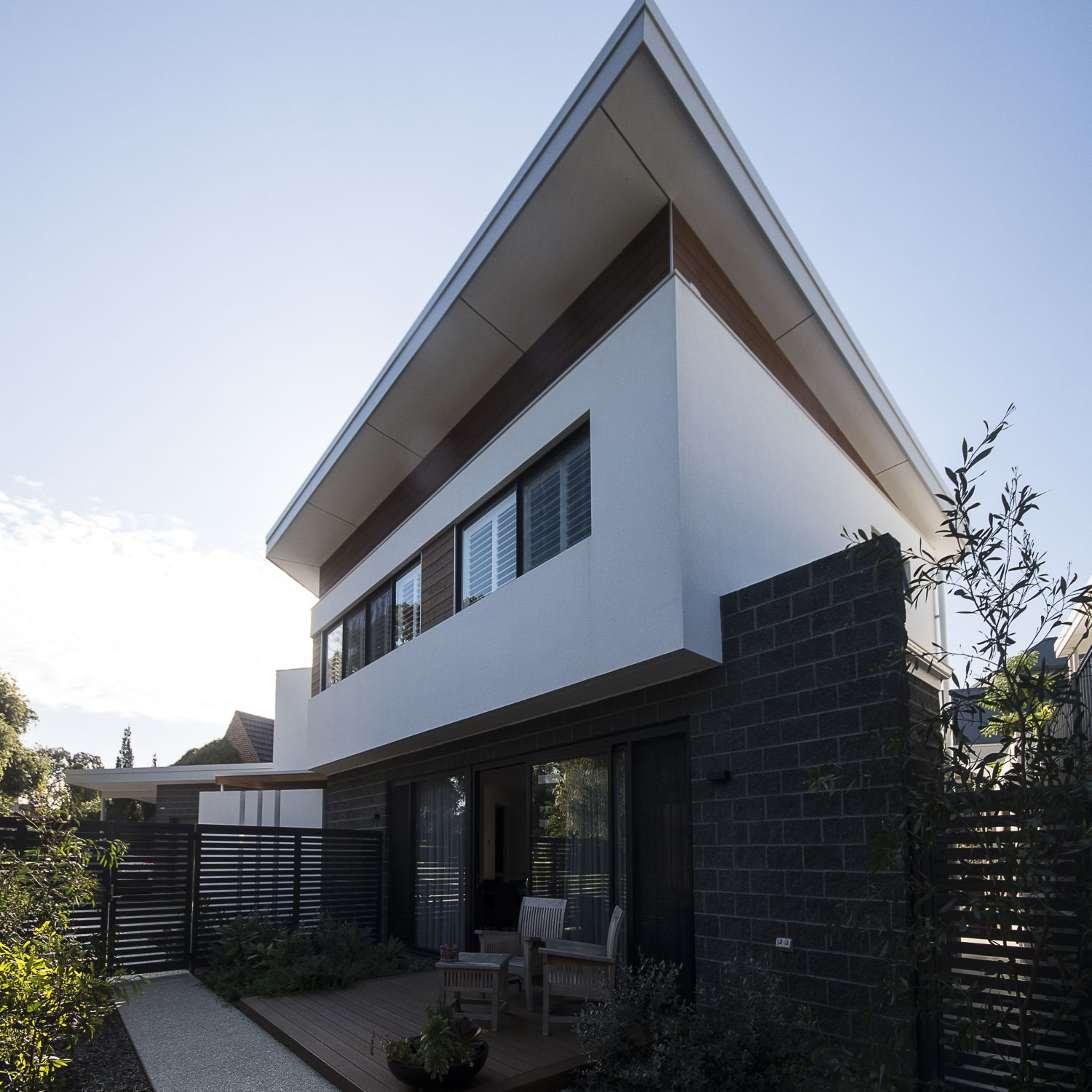 WEMBLEY DOWNS 'WEDGE' HOUSE