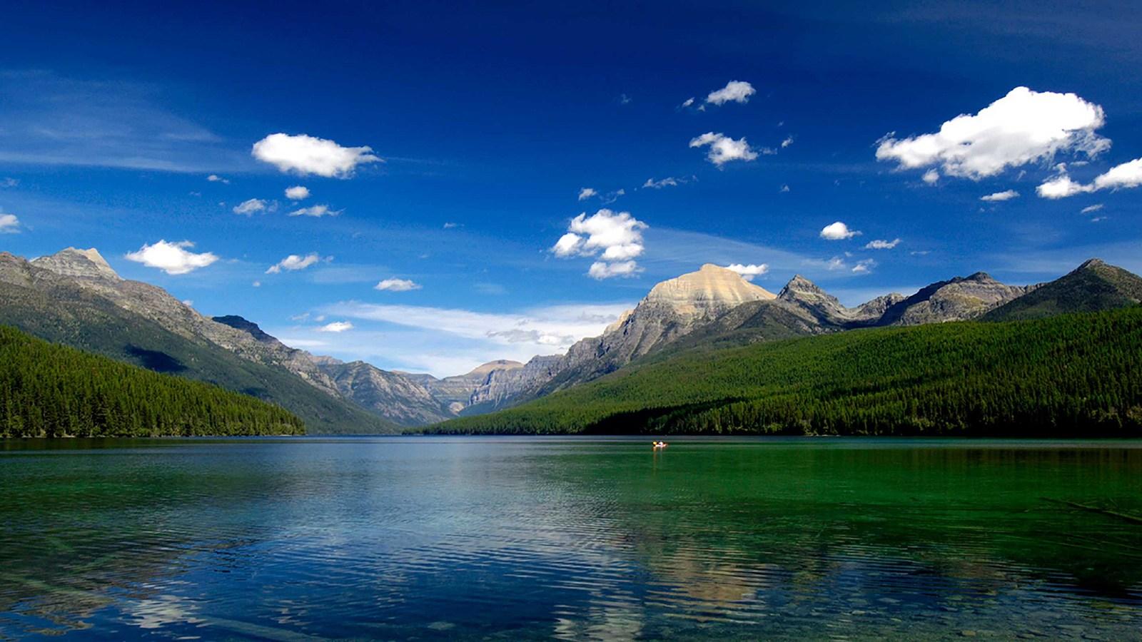 paddlechica_Flathead_Lake.jpg