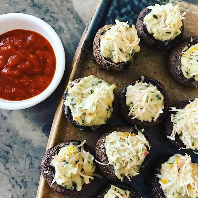 @moregreenthings made some stuffed mushrooms with our crimini mushrooms! One of the easiest and yummiest recipes! #mushrooms #mycology #fungi #superfood #vegan #healthfood #coloradofood #coloradolocal #bouldercolorado #boulder #longmontcolorado #longmont #northerncolorado #fortcollins #milehighcity #foodie #colorado #veganrecipes #vegetarianfood #veganprotein #healthy #portabello #mushroomrecipes #coloradostate #windsorcolorado #youarewhatyoueat #eathealthy