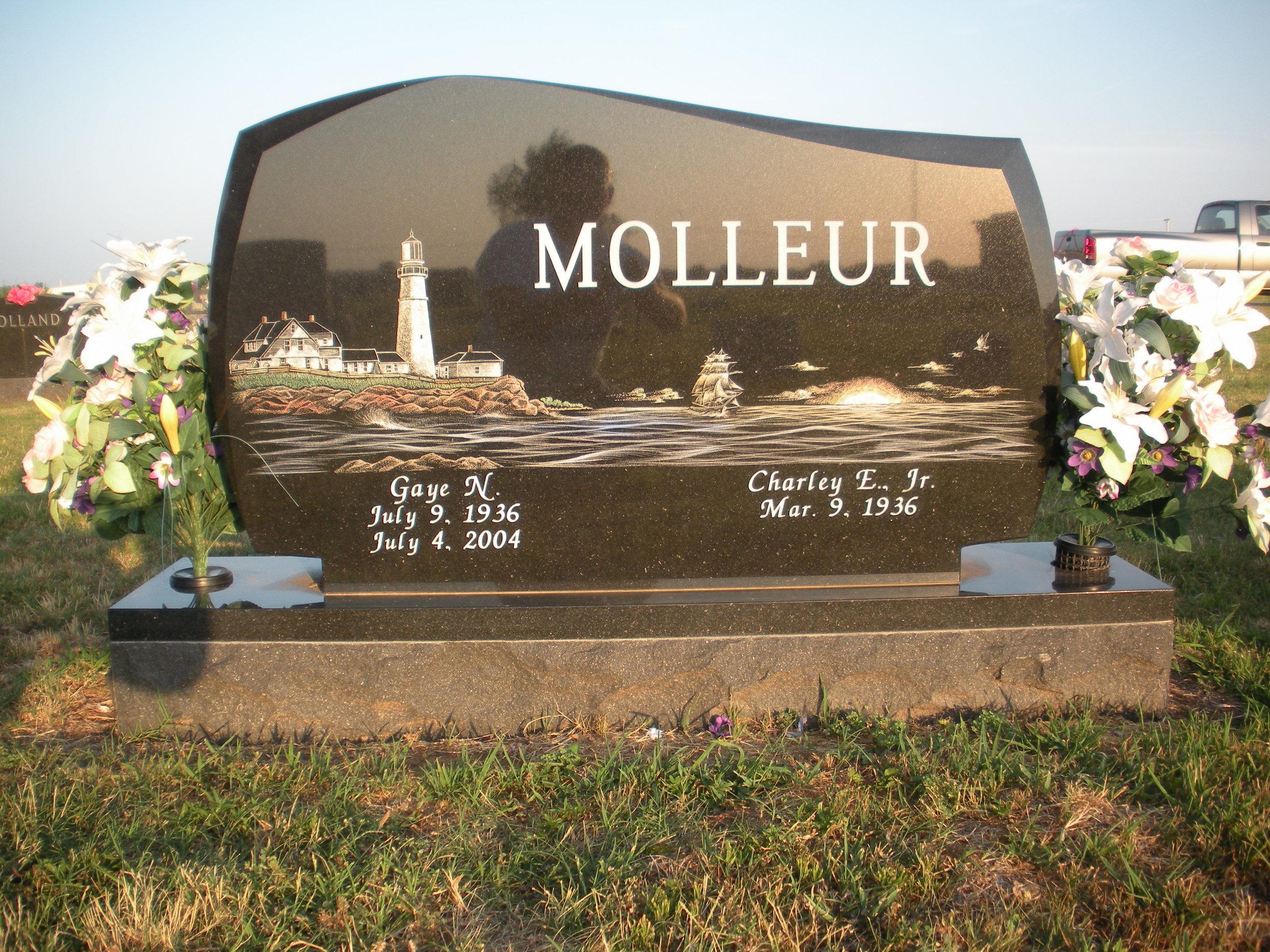Molleur - Stroud.jpg