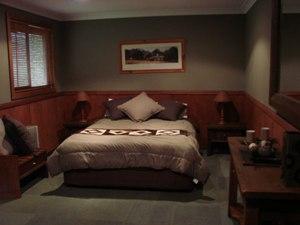 room-6.jpg