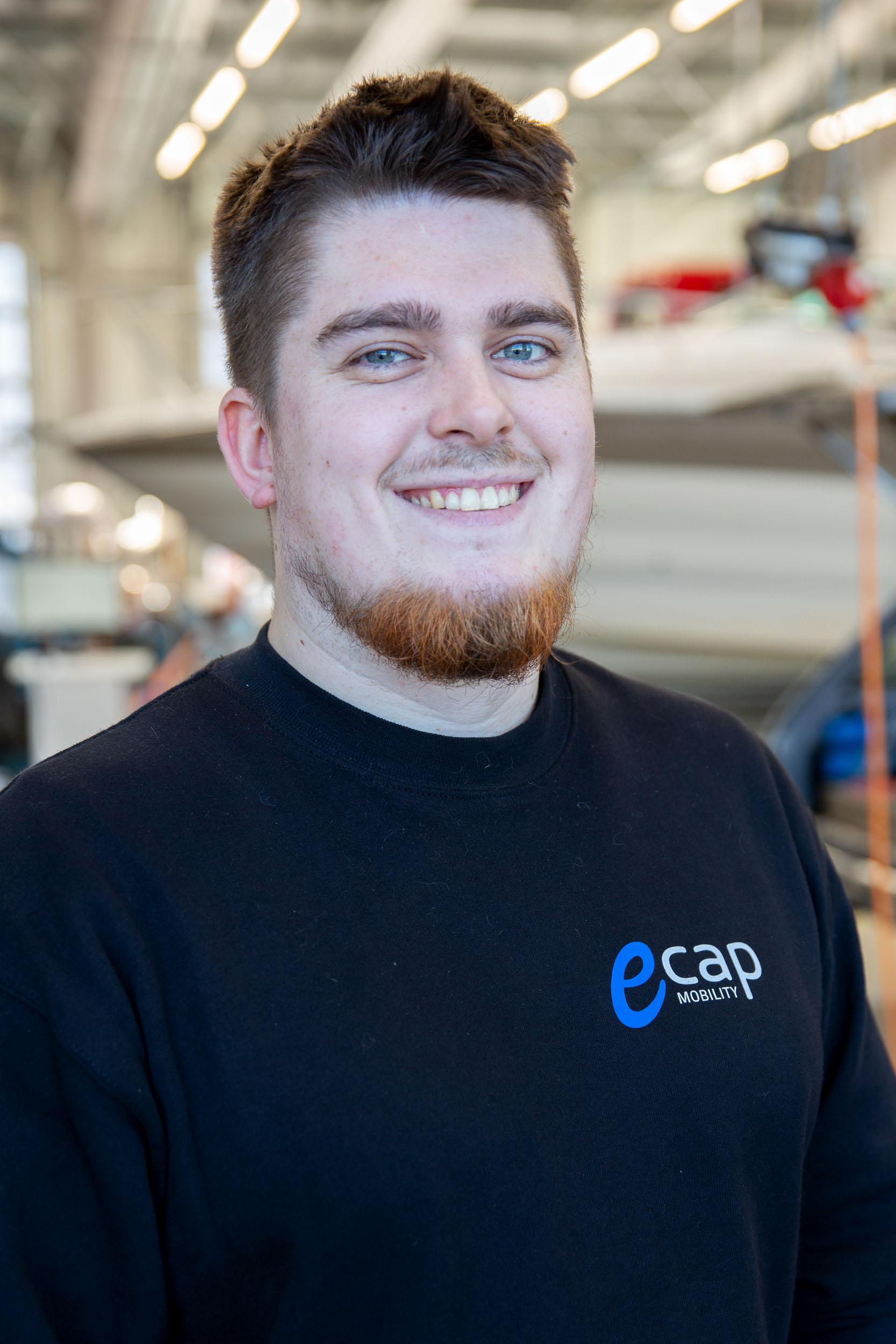 Joshua Murphy | Kfz-Mechatroniker  jmu@ecap-mobility.com