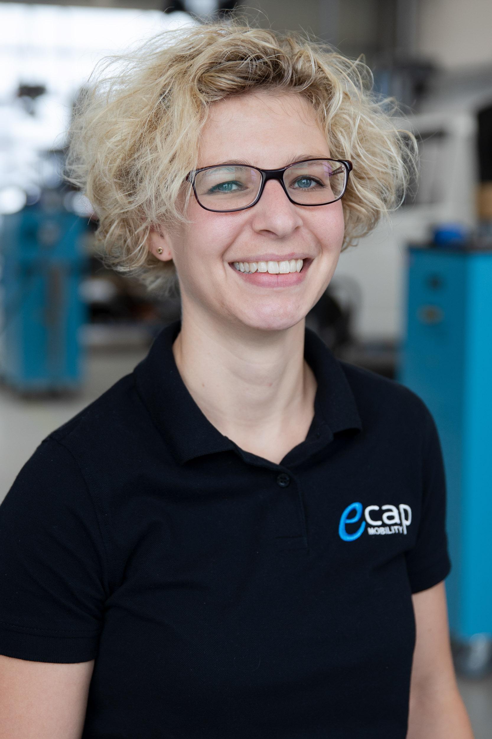 Anna Maack | Buchhaltung  ama@ecap-mobility.com