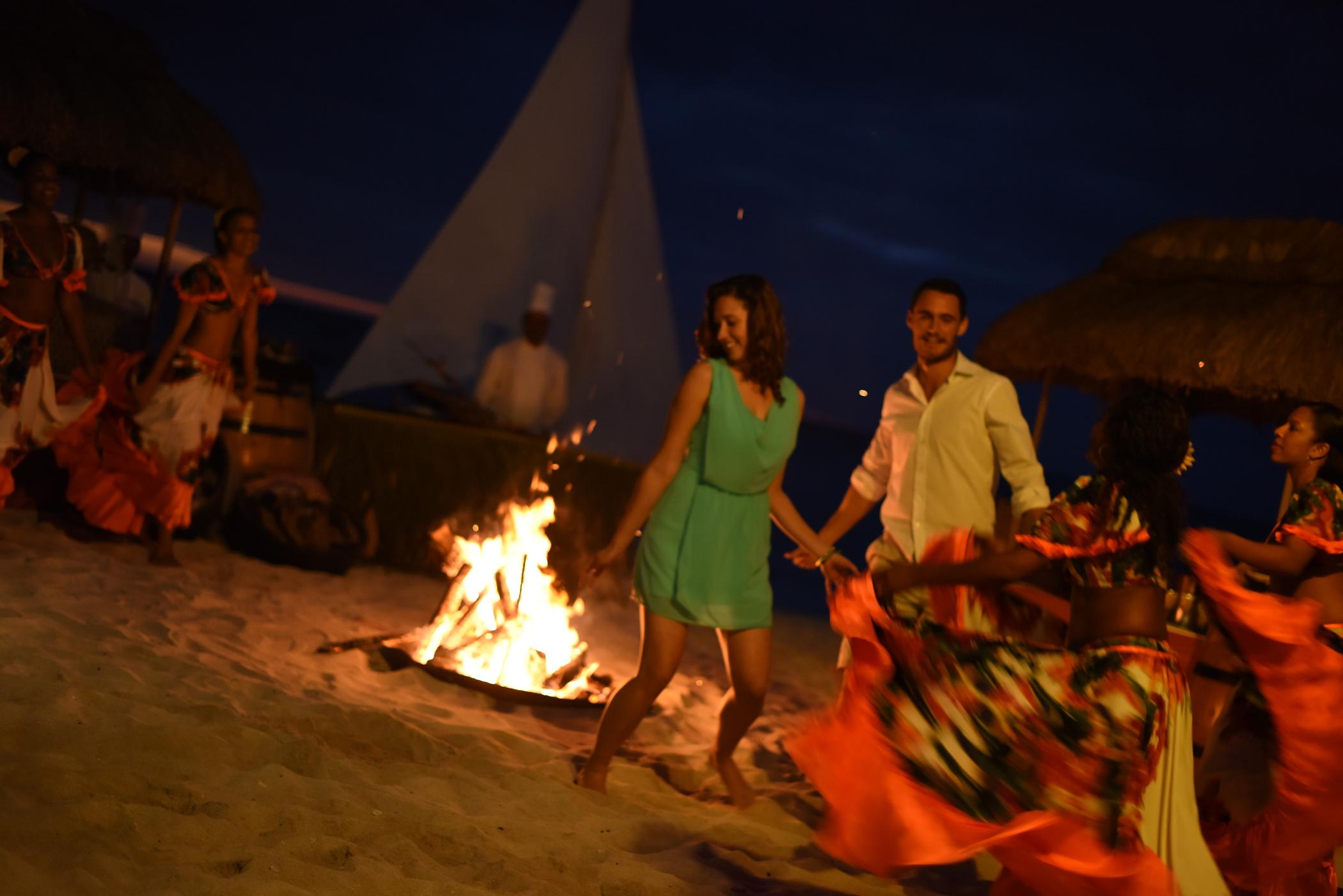 La_Pirogue_Fishermen_s_Night_7-2100x1402-601b683e-6827-4b02-af89-a88426c4103f.jpg