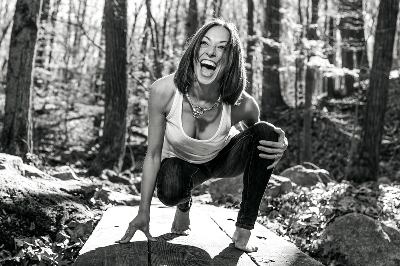 Being barefoot + having a good laugh - are two of my favorite things.