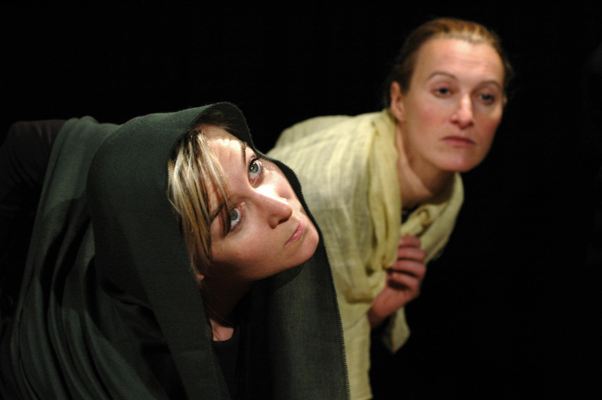 2006 TheaterStudio Freitag Medea 14.JPG