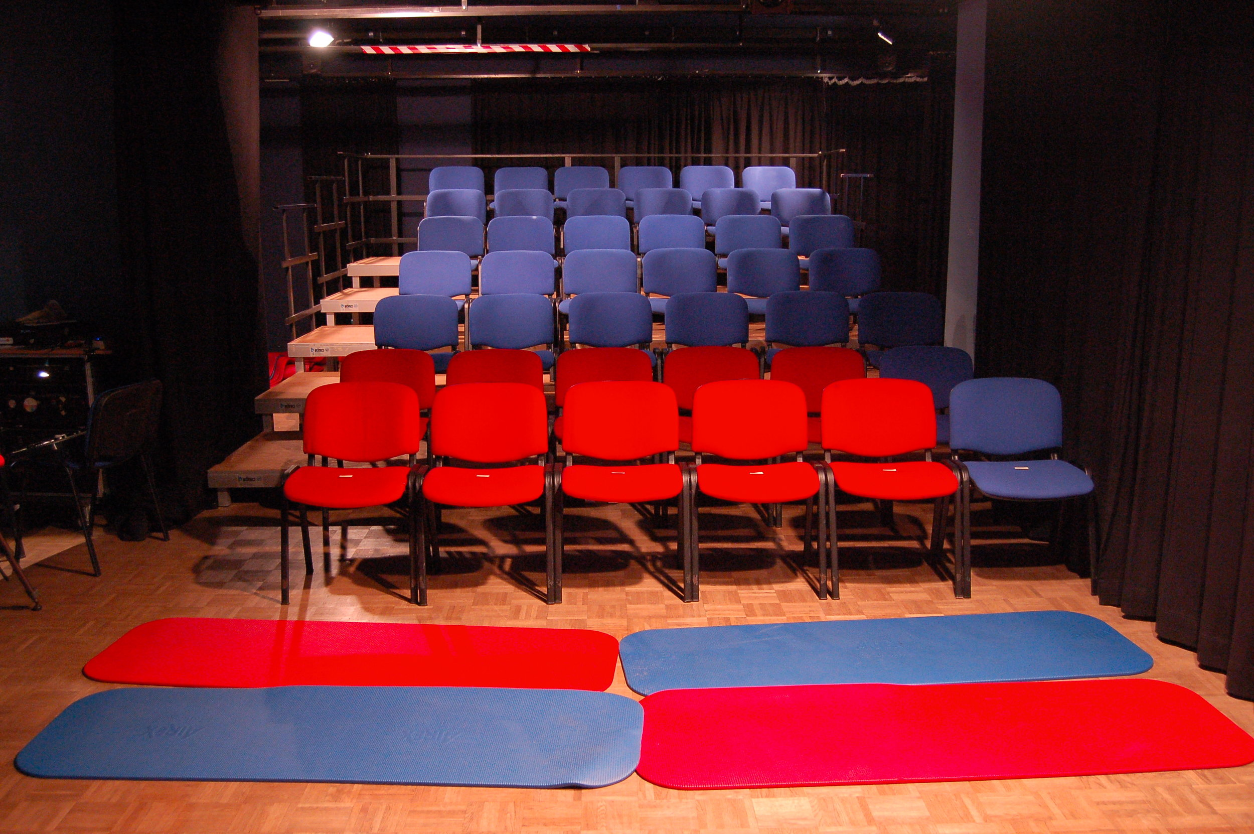 2006 TPZ großer Raum 02.JPG
