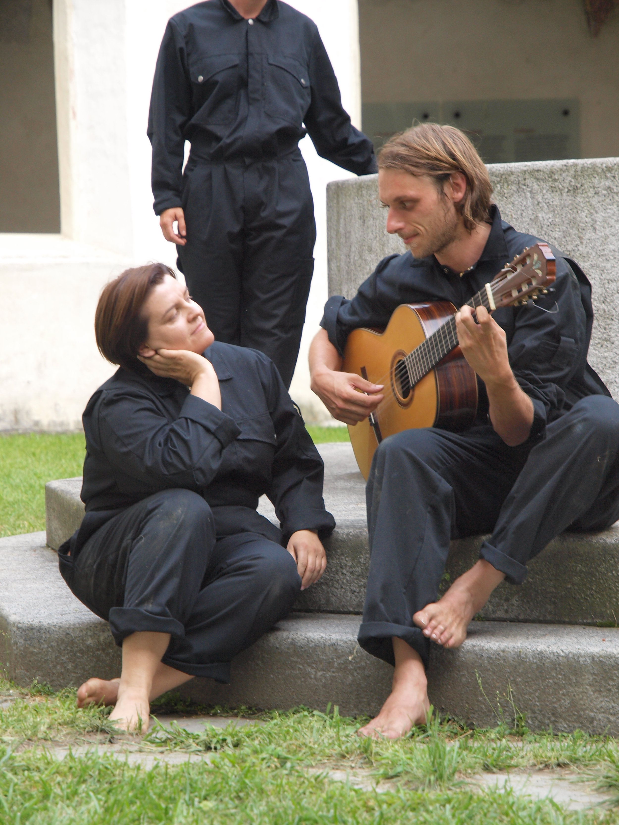 2008 TheaterStudio Freitag Wer ohne Sünde ist Neustift  18.JPG