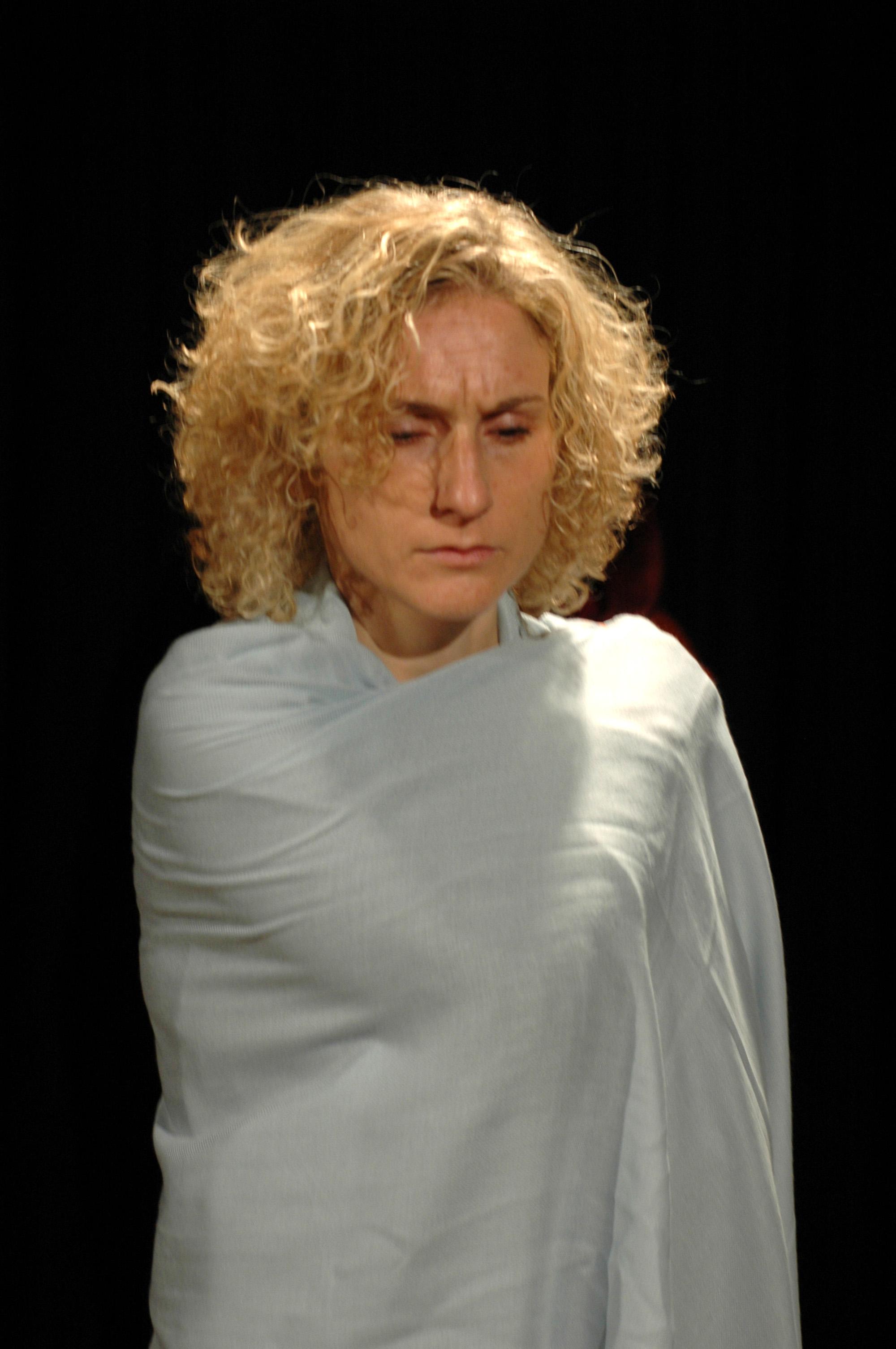2006 TheaterStudio Freitag Medea 07.JPG
