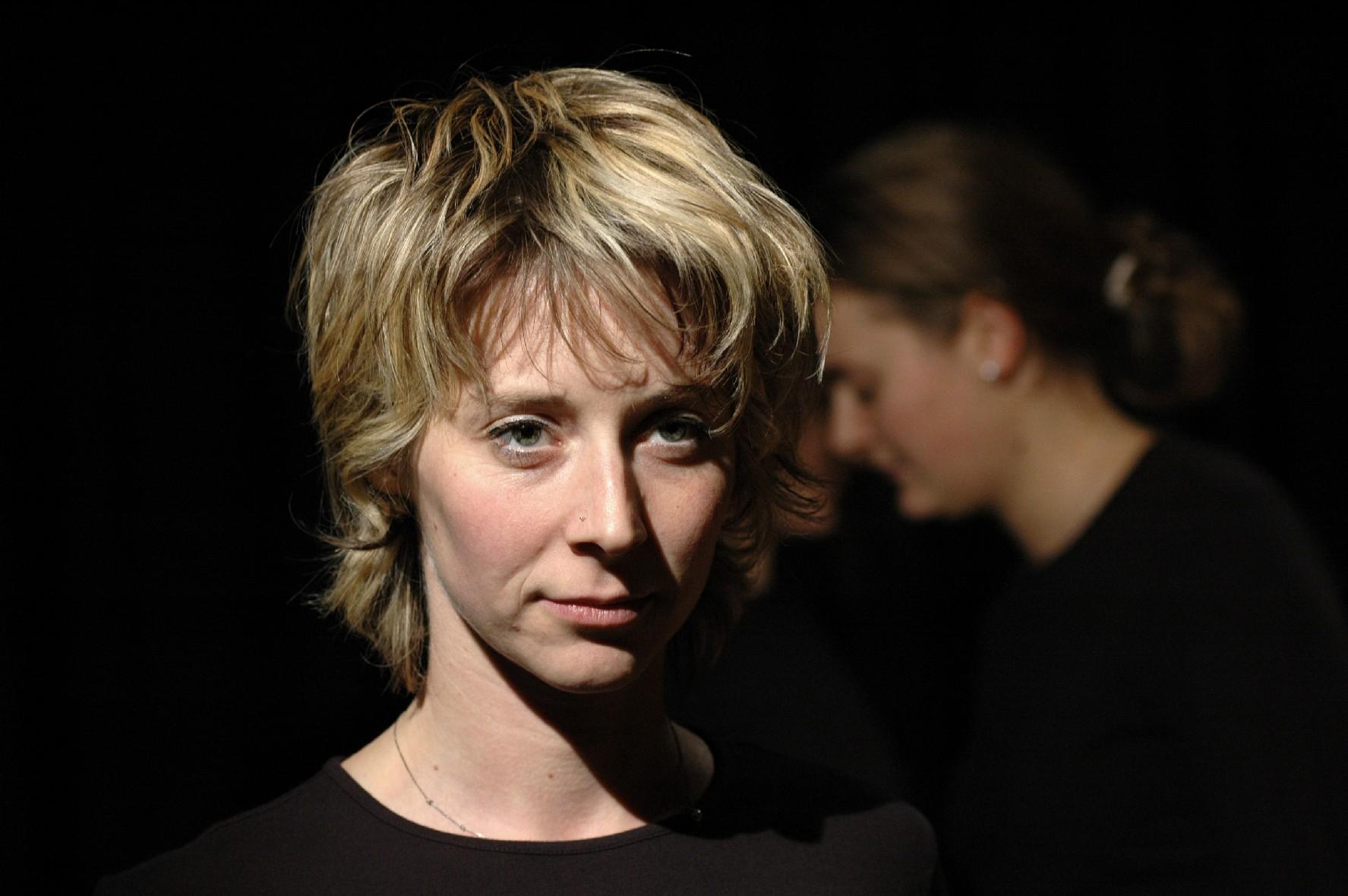 2006 TheaterStudio Freitag Medea 28.JPG