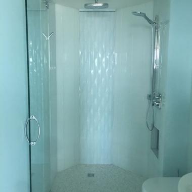 Glass shower.jpg