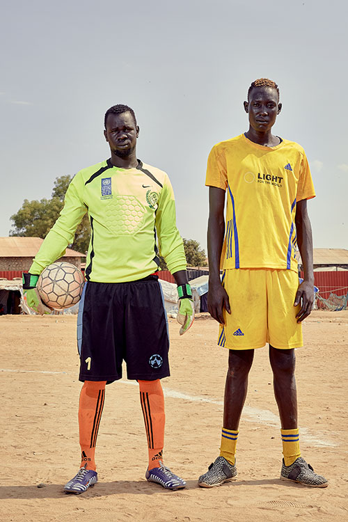 Goalkeeper Gilo Omot (l) & Levo Gogol