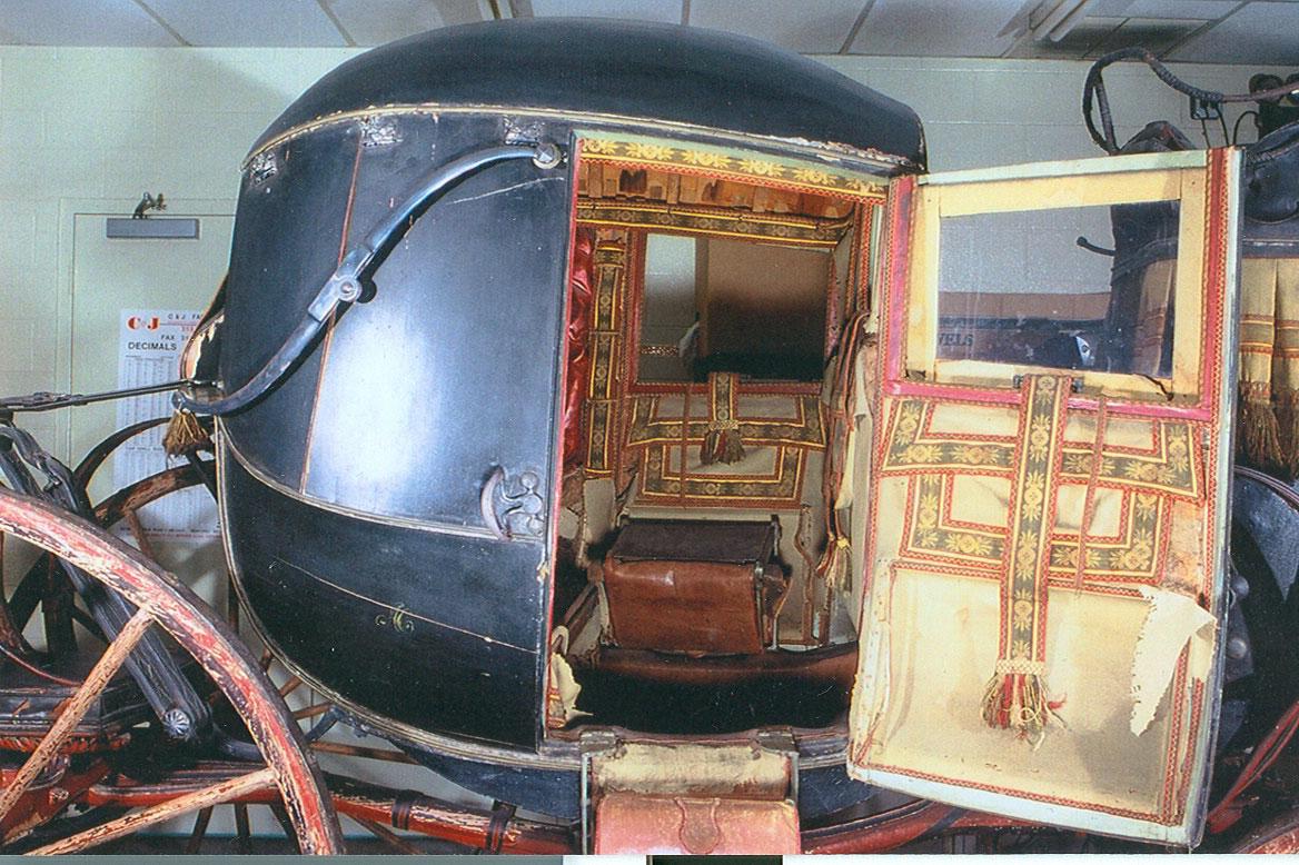Ross-Chariot-3.jpg