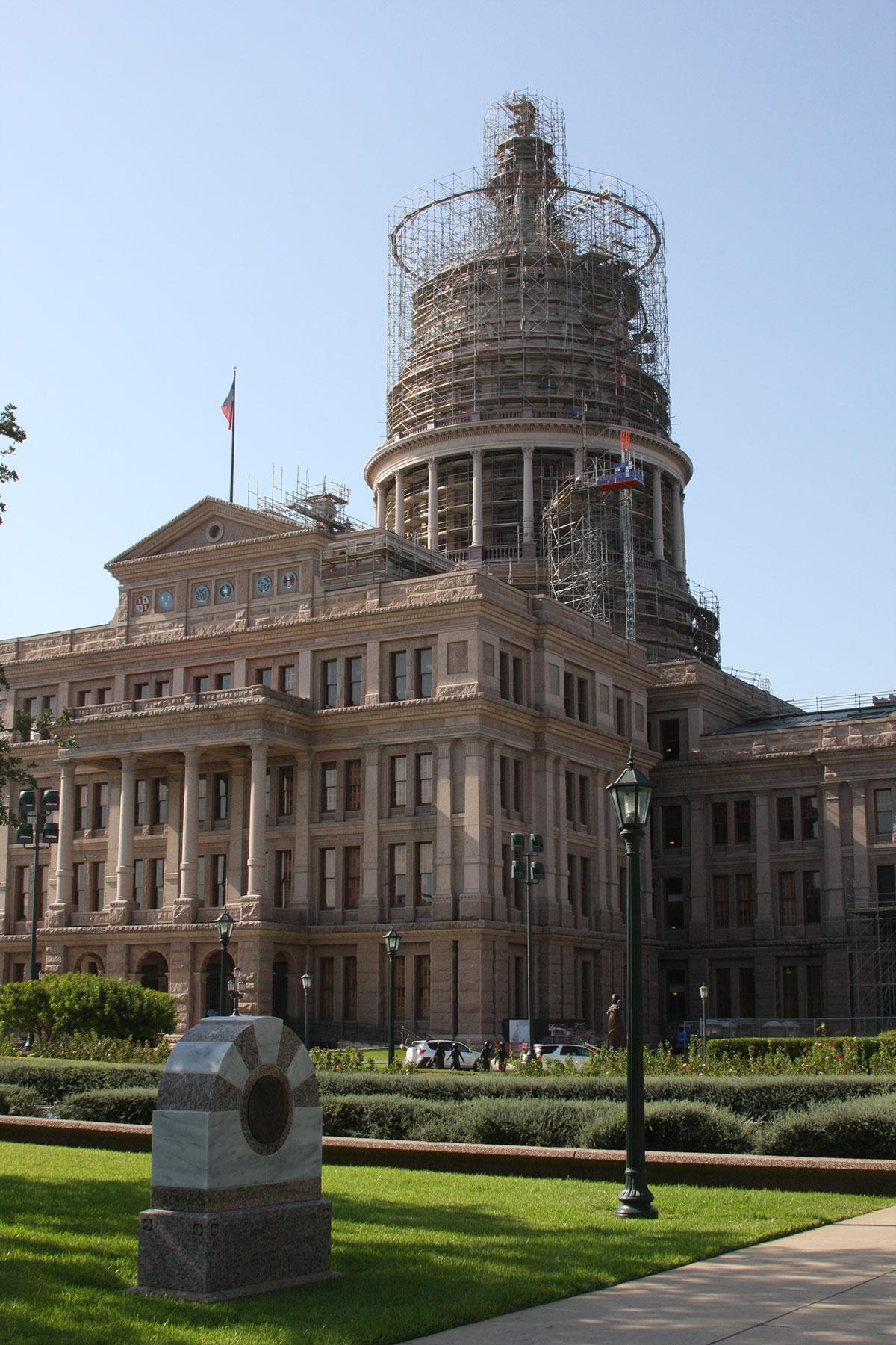 Texas-Goddess-1.jpg