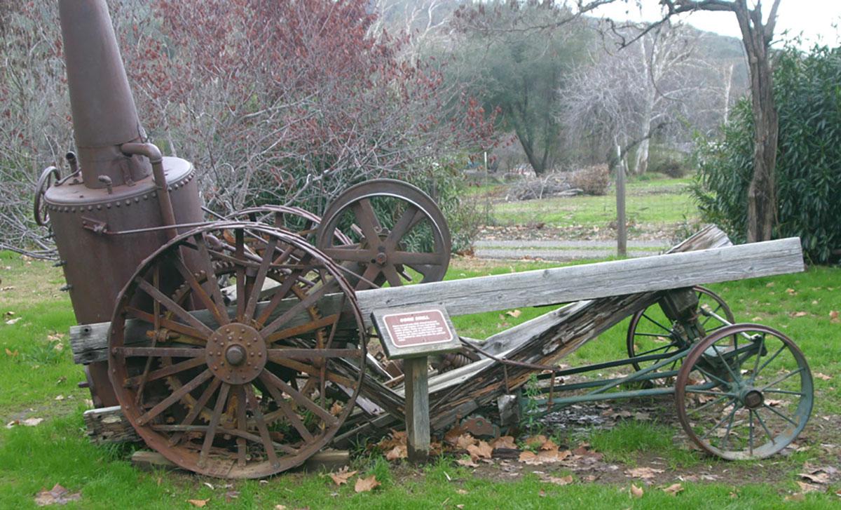 Steam-Tractor-3.jpg