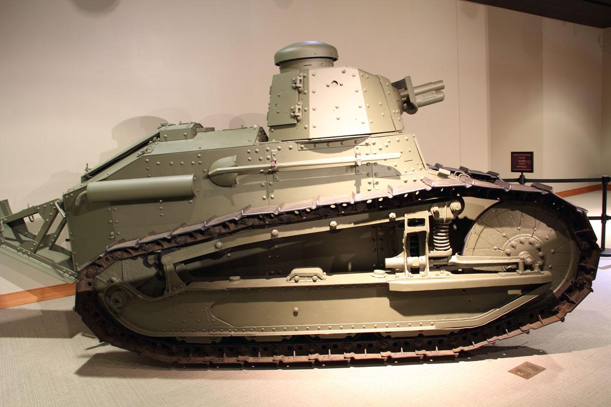 World-War-I-M1917-Tank_10.jpg