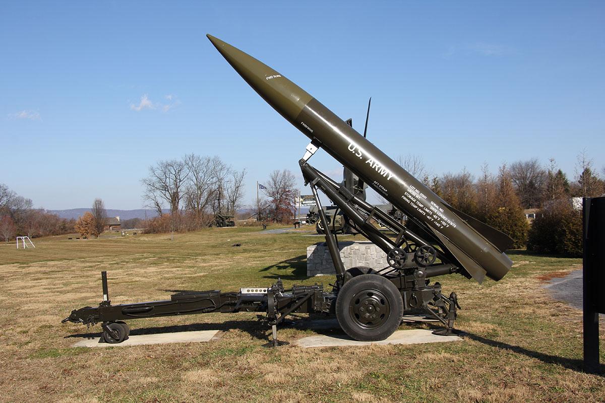 Lance-Missile-9.jpg
