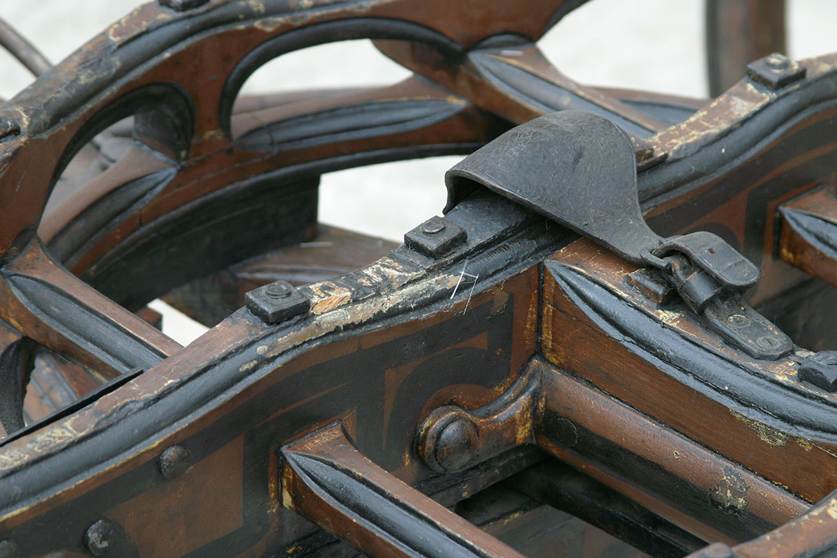 Lafayette-carriage-under-carriage.jpg