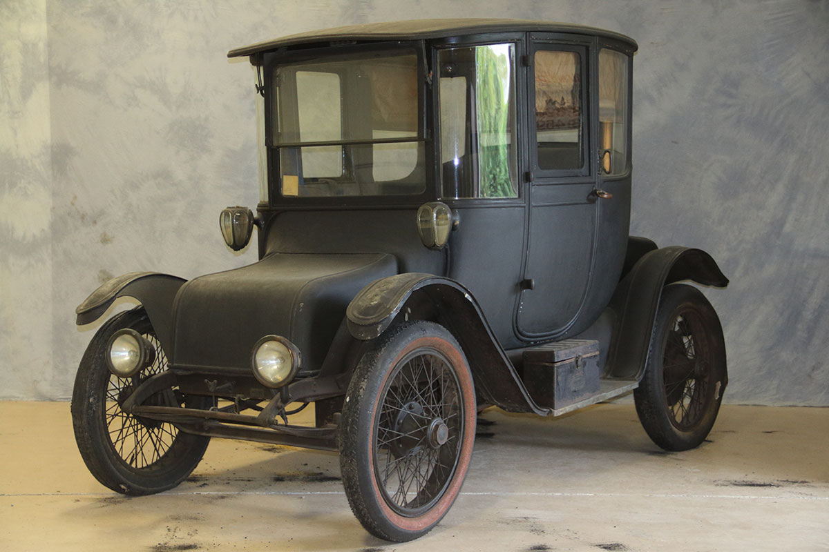 Before: detroit electric in poor condition